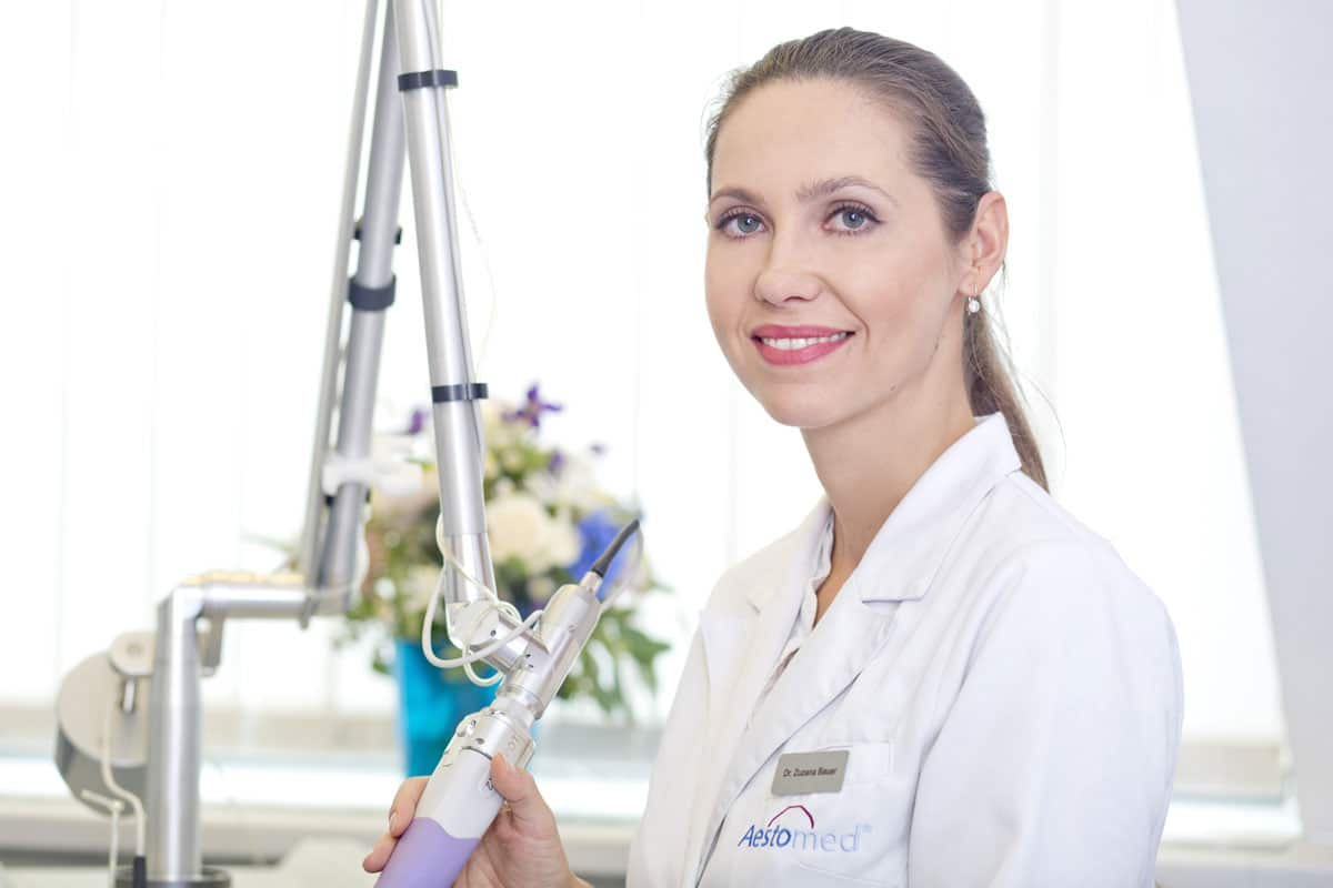 Dr. Primaria Zuzana Bauer, behandelnde Ärztin im Aestomed Laserambulatorium Wien
