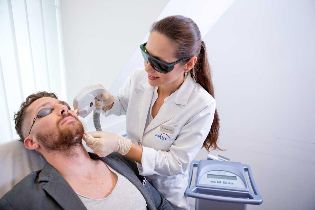 Couperose Entfernung im Gesicht durch Dr. Bauer bei Aestomed Wien