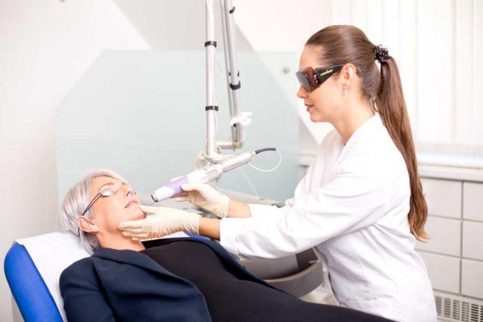 Permanent Make-up Entfernung mit Laser bei Aestomed Wien
